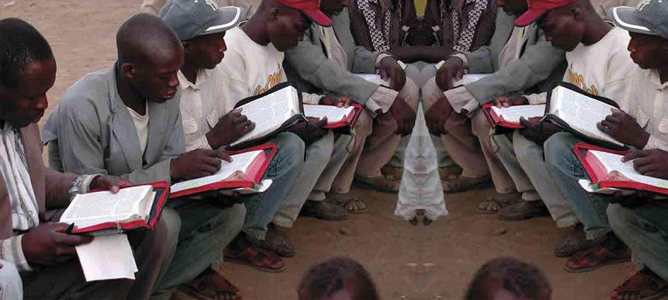 Resultado de imagem para Igreja aFRICA